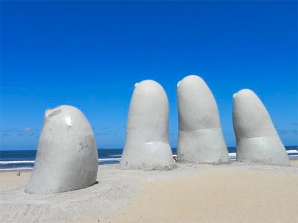 Punta del Este - Uruguai: belas praias, paisagens e cassinos