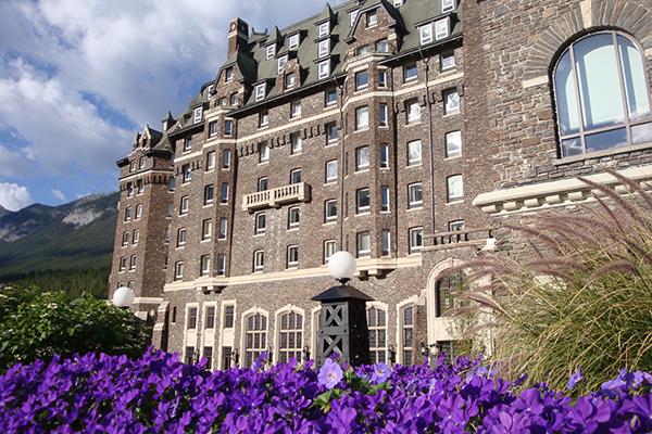 Hotéis em Montanhas rochosas do Canadá