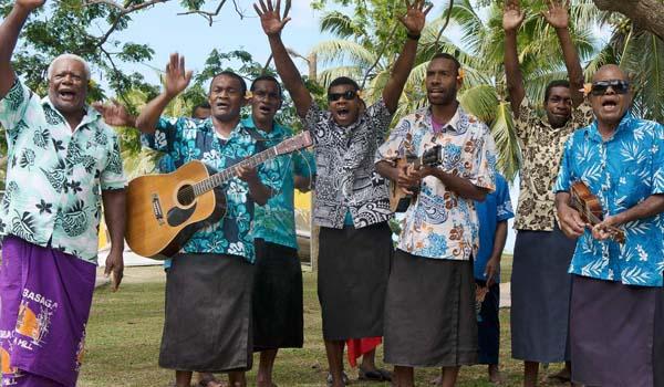 Lua de mel em Fiji: roteiro da Lagoa Azul