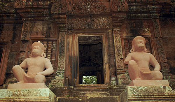 Angkor Wat no Cambodia: maior complexo de templos da Ásia