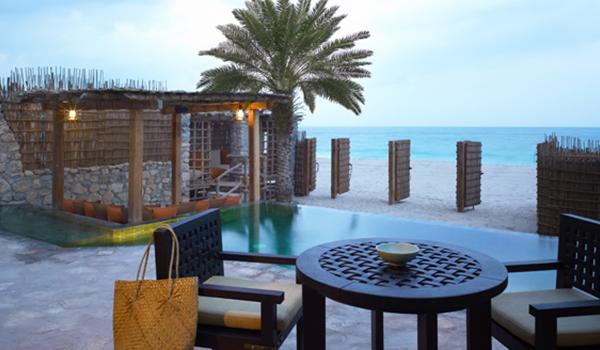 Viagem para Omã - Zighy Bay com praias paradisíacas