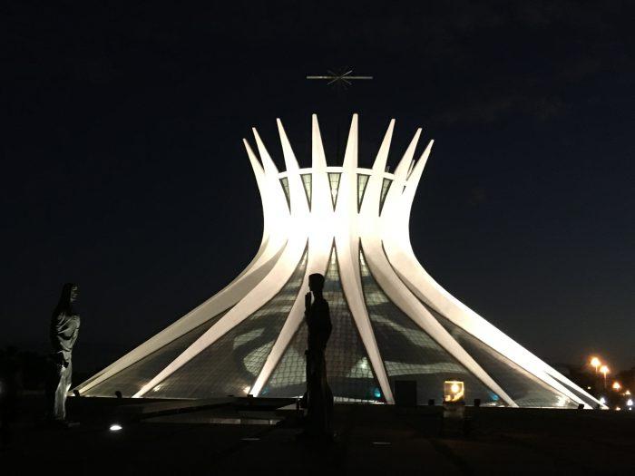 Abadiânia - Goiás: energia positiva dos cristais no serrado.
