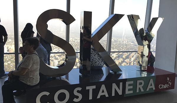 Sky Costanera no Chile - um mirante com 300 metros de altura.